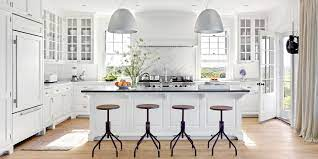 Kitchen remodeling companies - helping families design the perfect kitchen